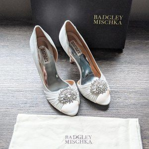 Badgley Mischka Satin Shoes - Brand New in Box - S